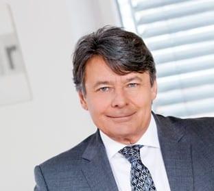Dr. Peter Urbanek